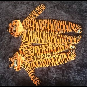 Other - Matching 3M & 6M 👶 Baby Fleece Tiger Sleepers